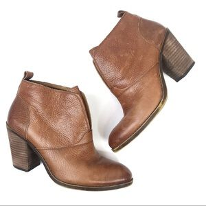 Lucky Brand Brown Leather Ehllen Ankle Boots